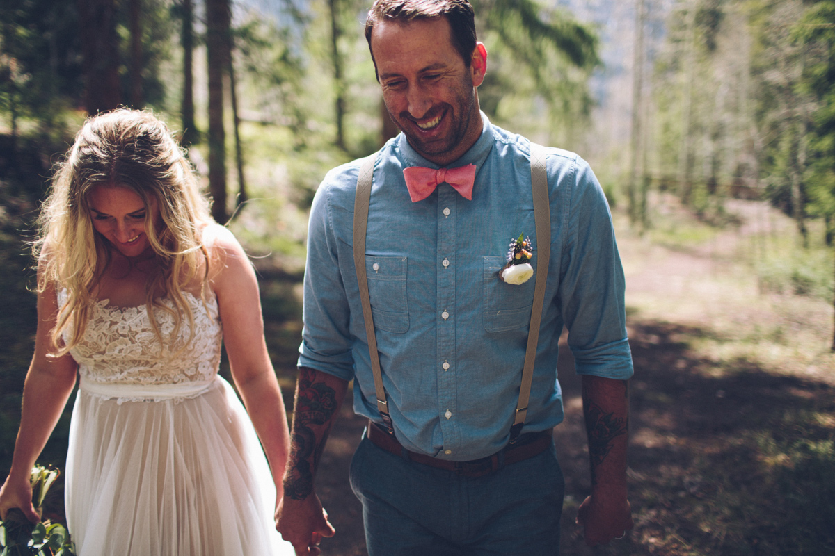 185-elopement--photography--colorado--mountain--vail--snow--intimate--wedding.jpg