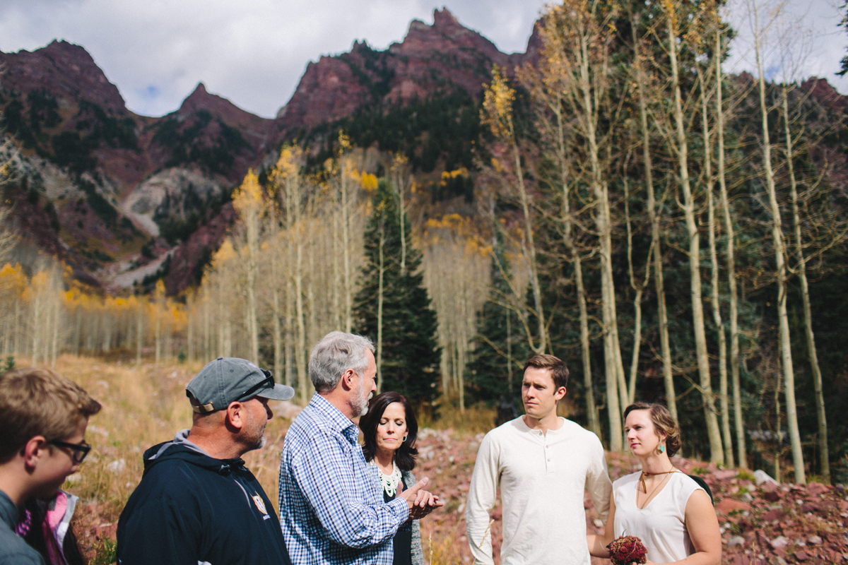 072-elopement-photography--maroon-bells--aspen--colorado--mountain-wedding.jpg