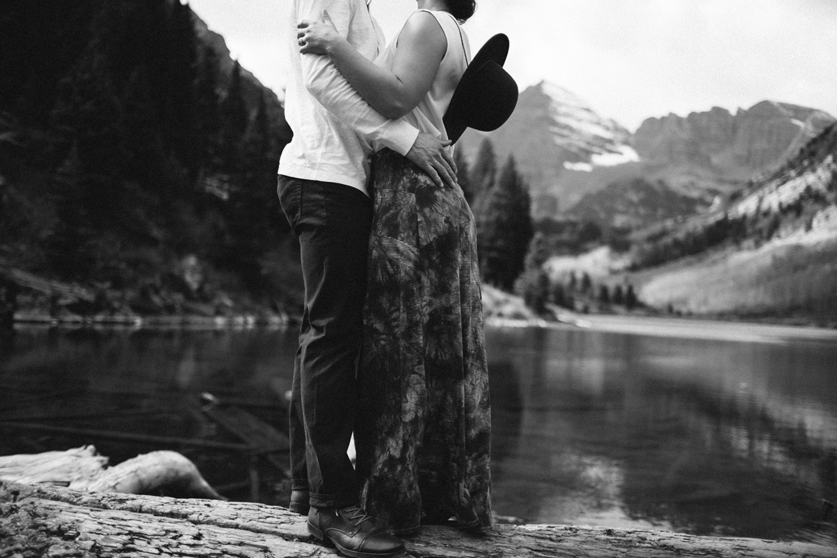 096-elopement-photography--maroon-bells--aspen--colorado--mountain-wedding.jpg