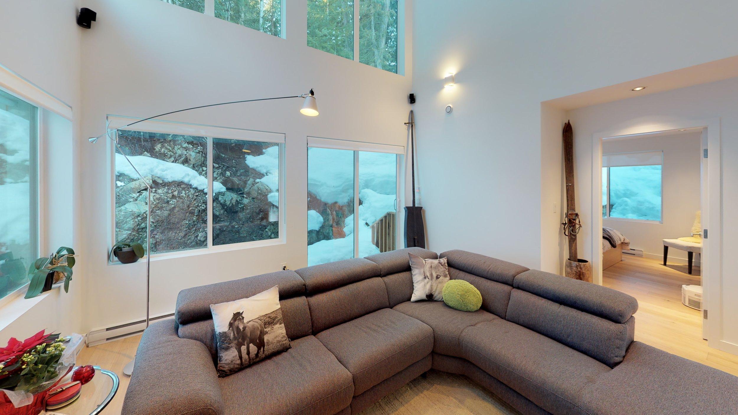 11 Media-Lounge(1).jpg