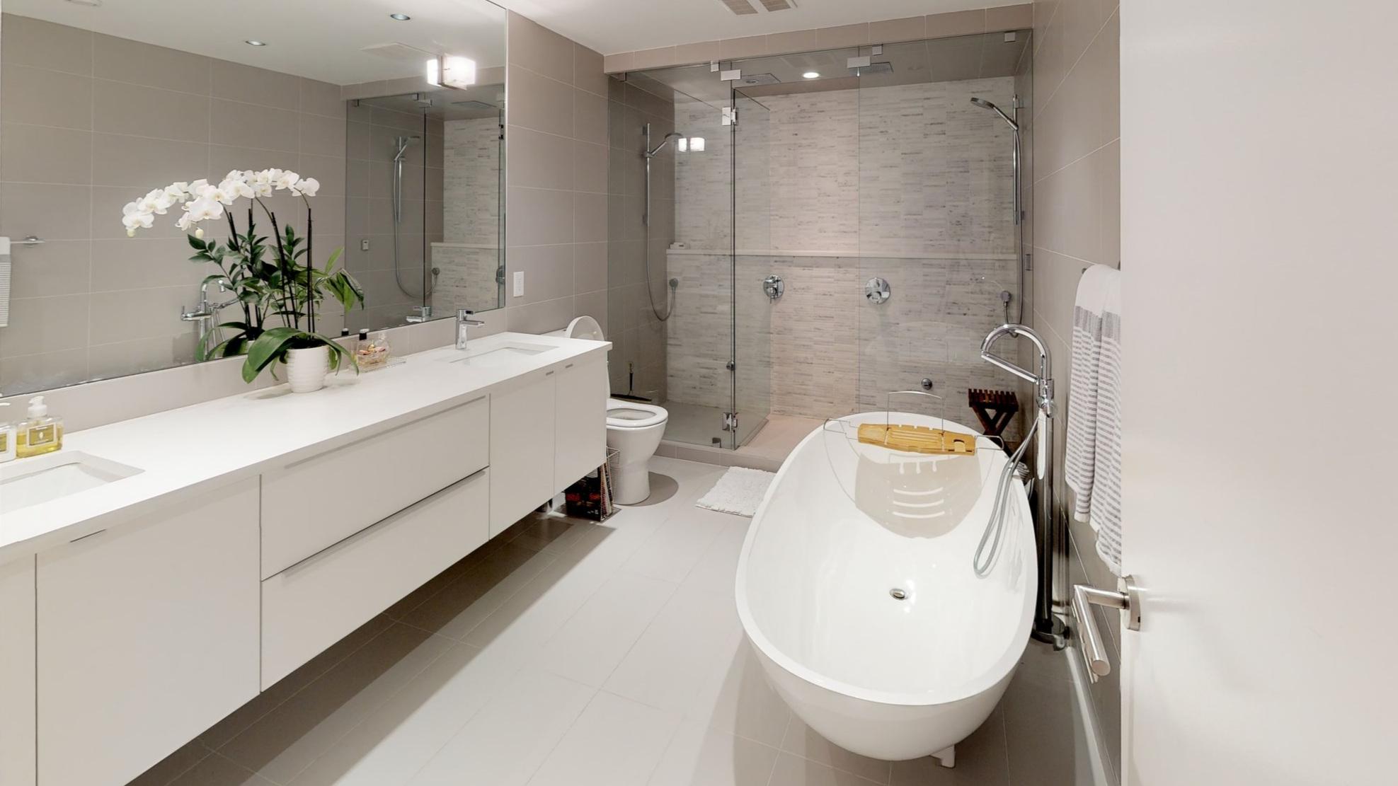 21 Master-Bathroom.jpg