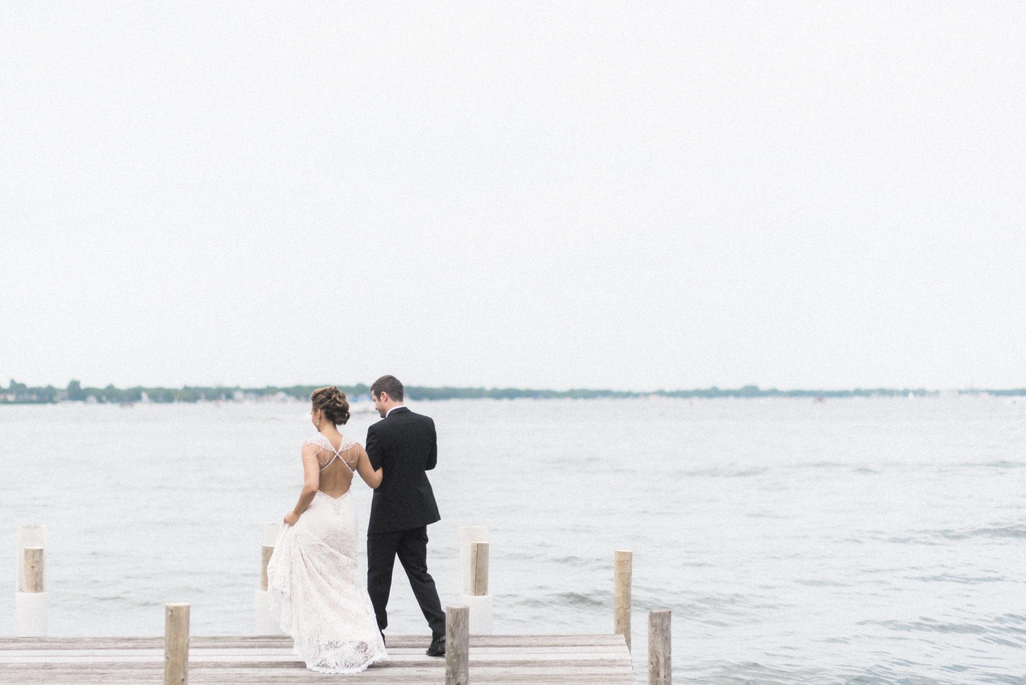 Iowa_Lake_Wedding_0020.jpg