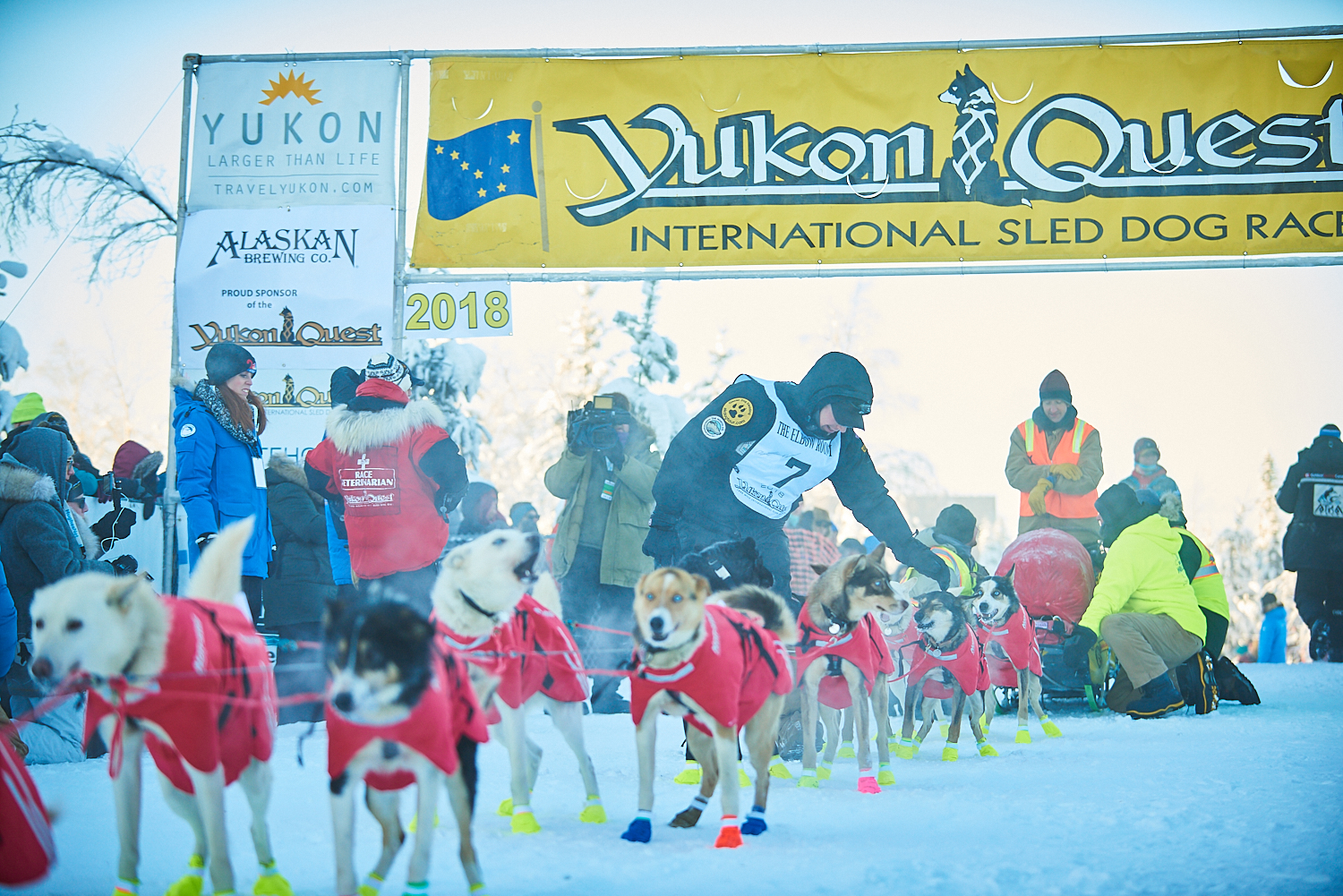 1_FairbanksStart_YukonQuest2018__674.jpg