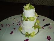3 tiers round cake green cymbidium curls decoration (1).JPG
