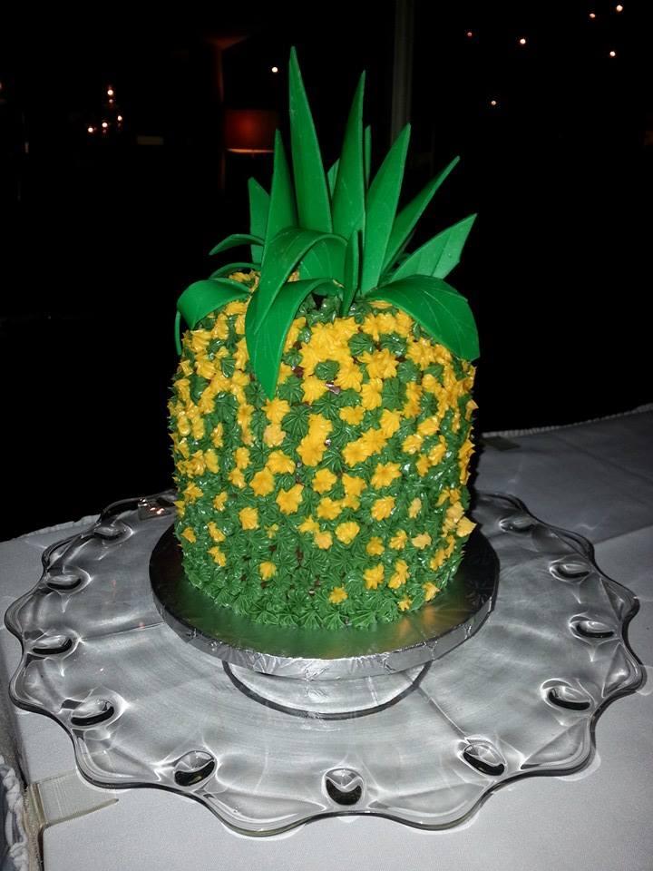 pineappleb.jpg