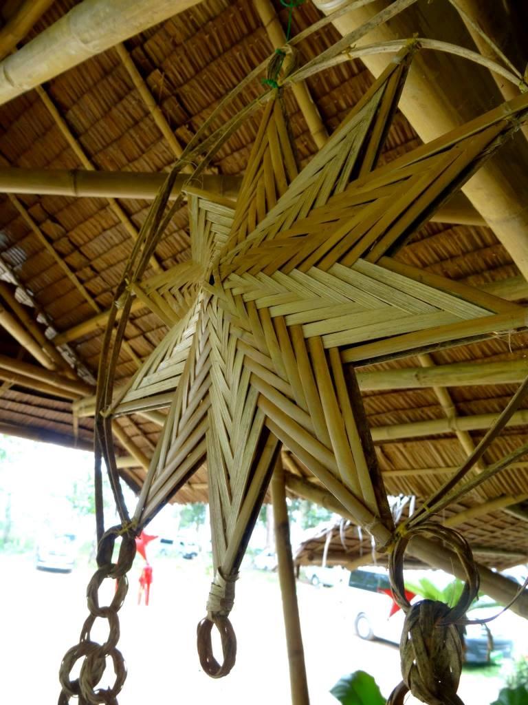 竹細工のランタン飾り