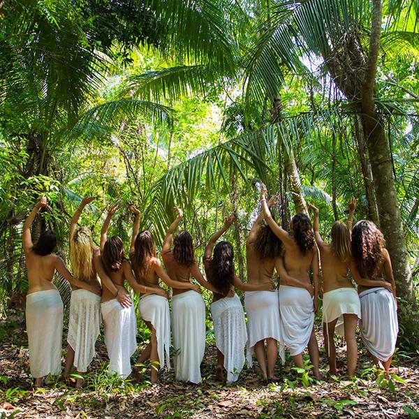 Women-in-jungle-600x600.jpg