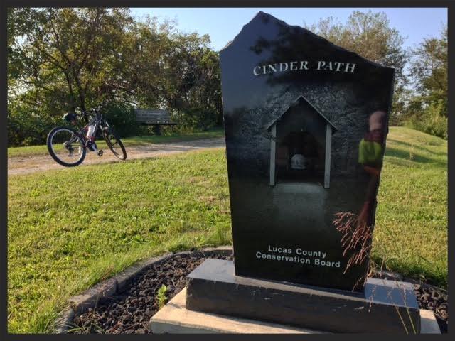 Iowa-Bike-Rides-Cinder-Path
