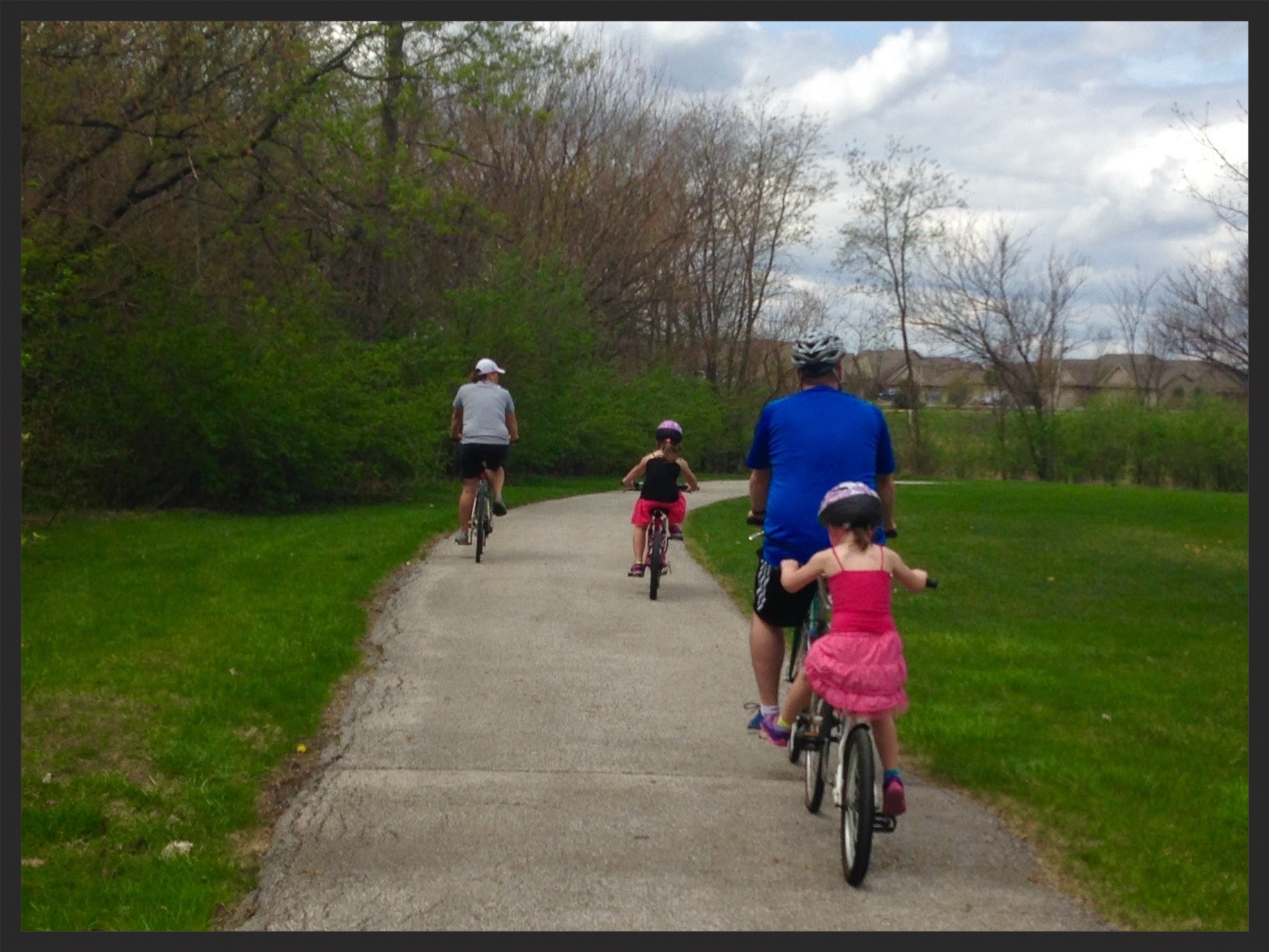 Iowa-Bike-Rides-Family-Kids-Trails