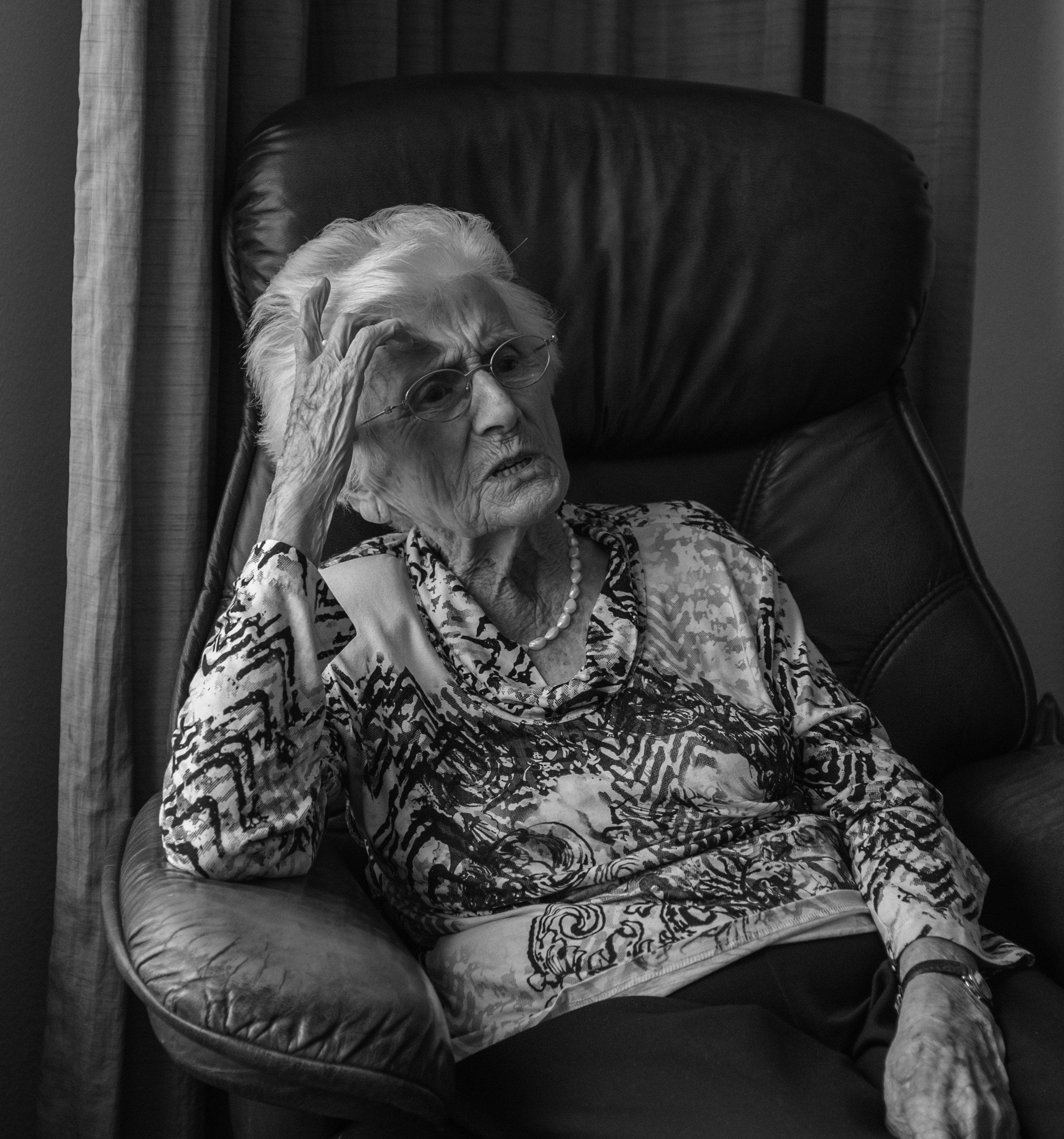 'Na de oorlog liep mijn man van Berlijn naar Eindhoven. Weken is hij onderweg geweest.'