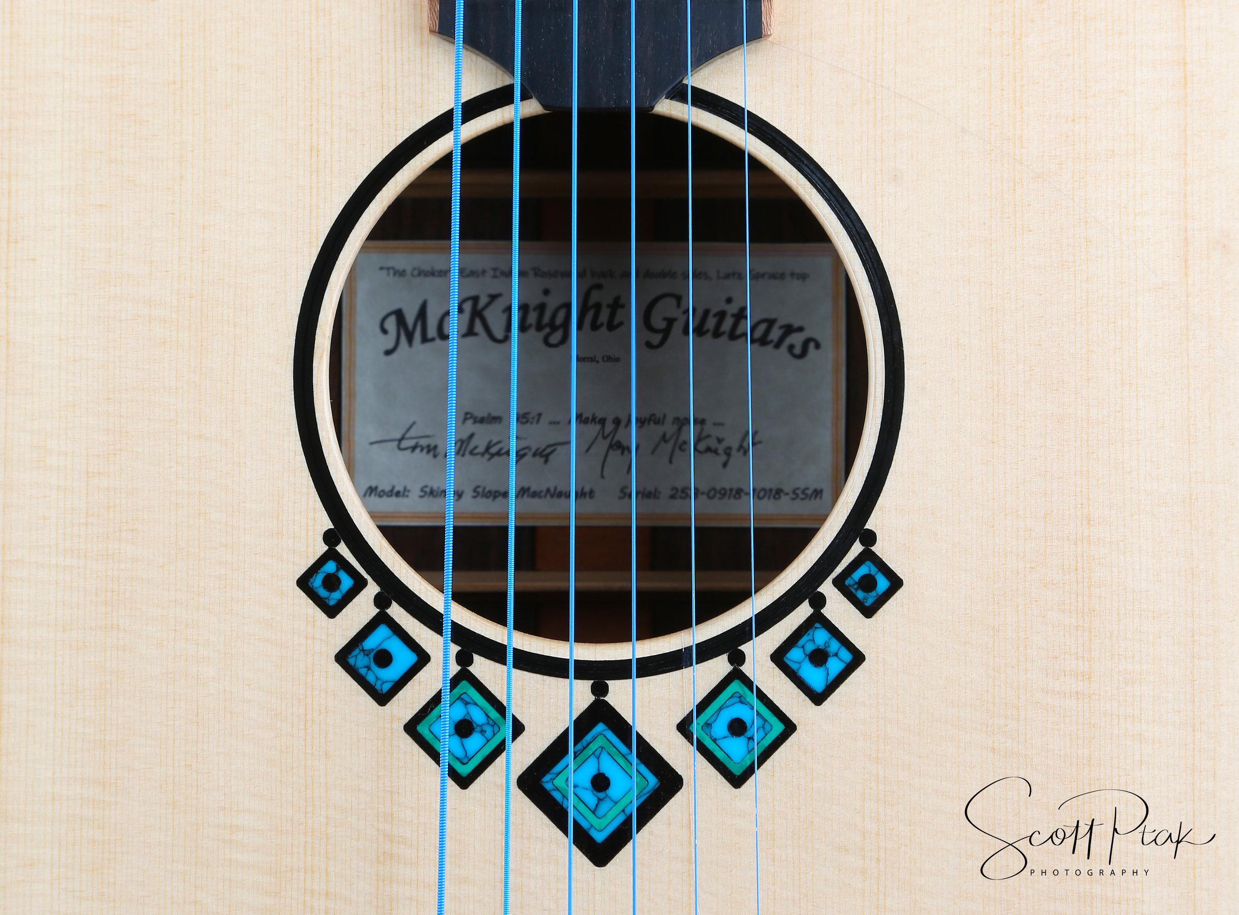 Tim McKnight - Luthier