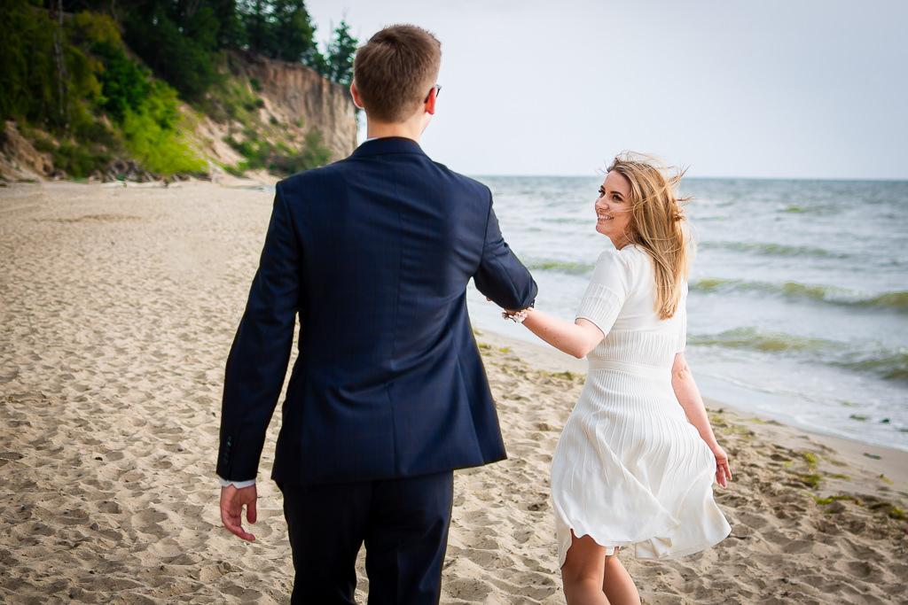 Sesja poślubna w Gdyni. Plener plaży w Orłowie.