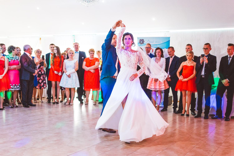 Fotografia S�lubna Gdan�sk - s�lub i wesele w bytowie - Fotografia s�lubna Byto�w Laguna Dom Weselny21.jpg