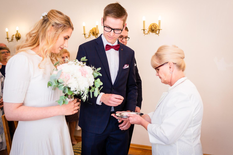Fotografia S�lubna Gdan�sk Sopot - S�lub w Urzędzie Stanu Cywilnego w Gdyni i obiad weselny w Mondo di Vinegre - 08.jpg
