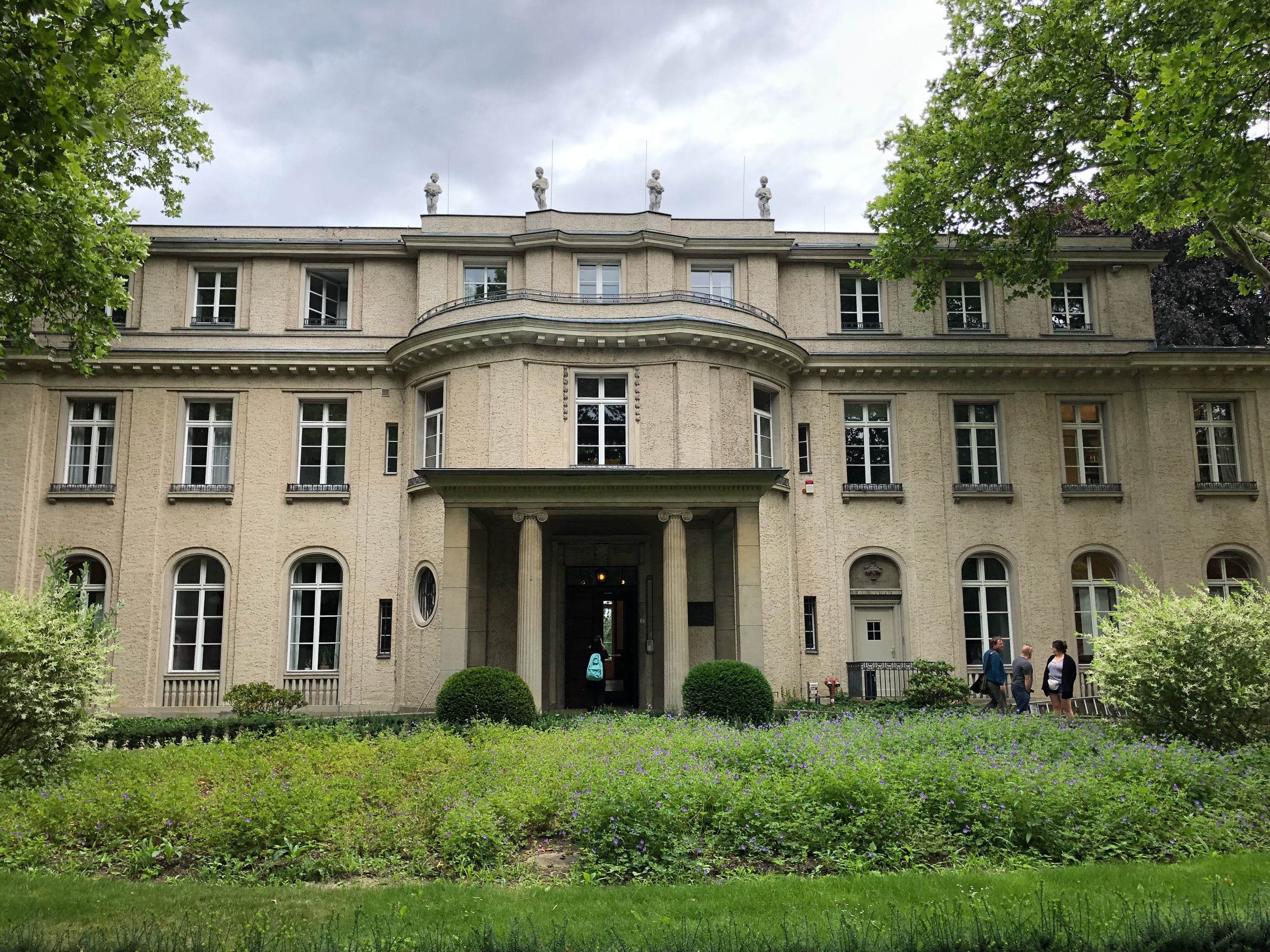 The front of Wannsee House.