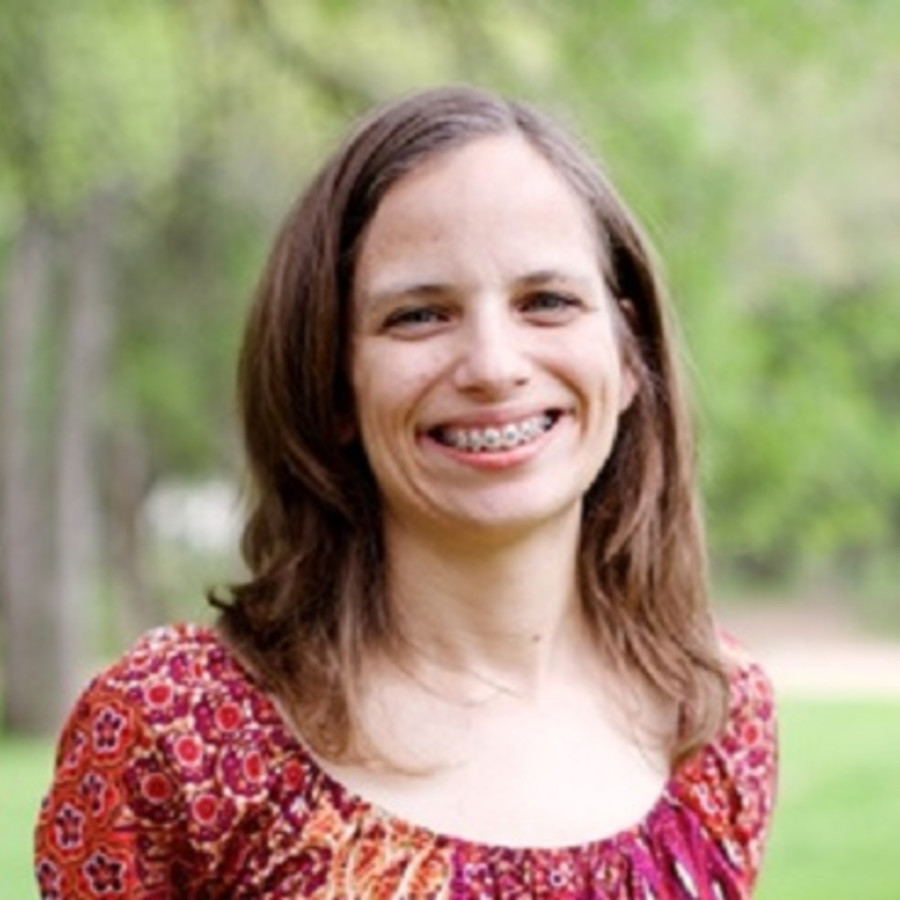 Leslie Watts, Executive Editor at Writership