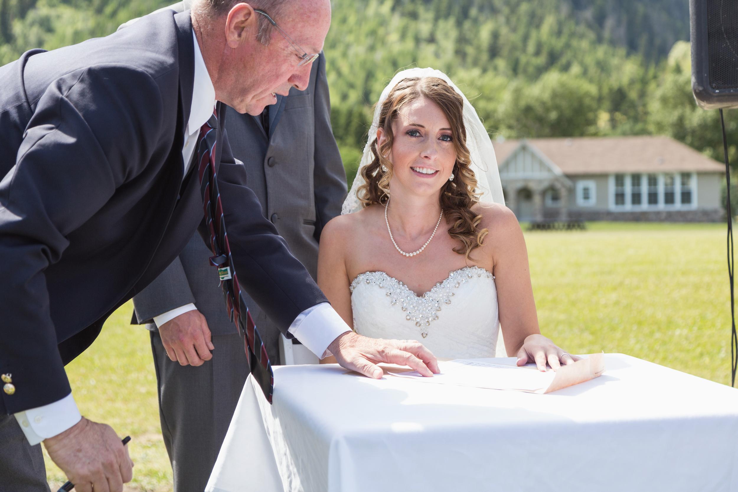 TJ_Wedding_215.jpg