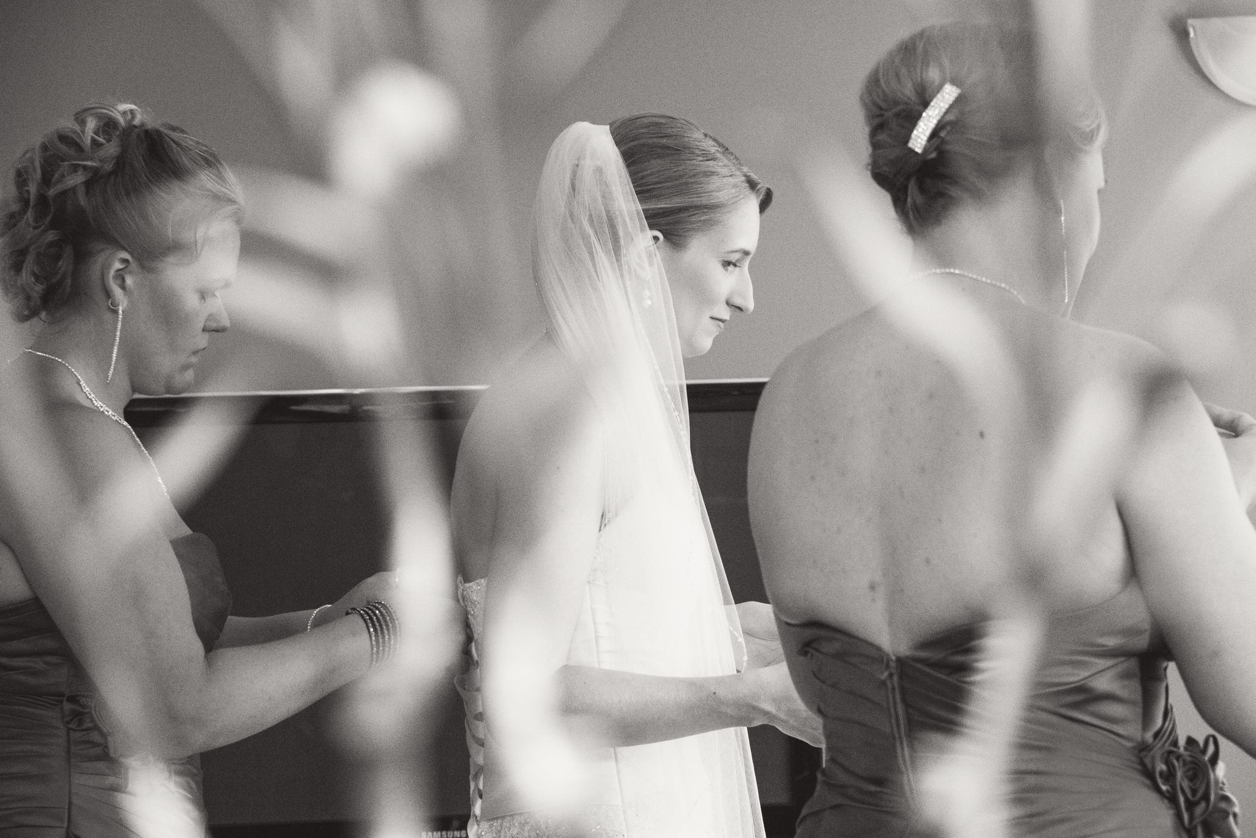 KB_wedding_054_bw.jpg