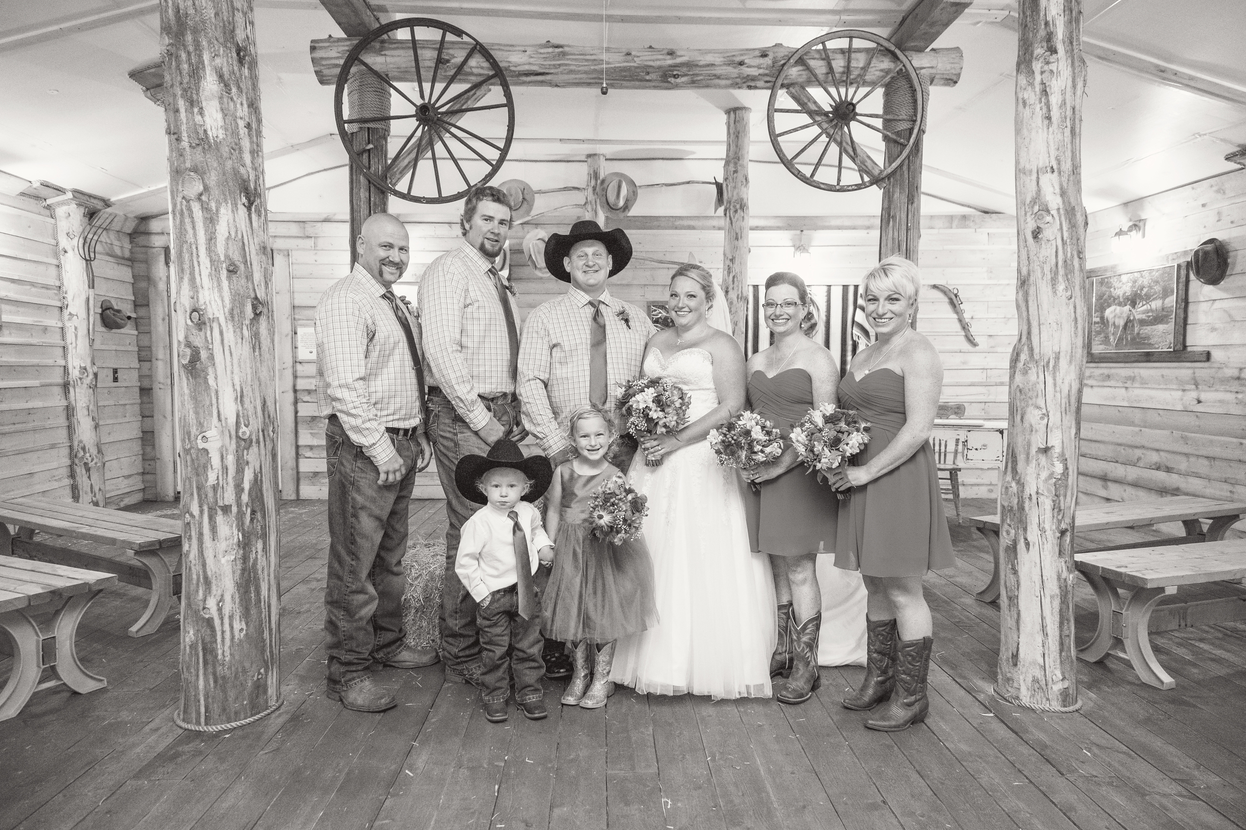 CS_Wedding_14-08-23_186_bw.jpg