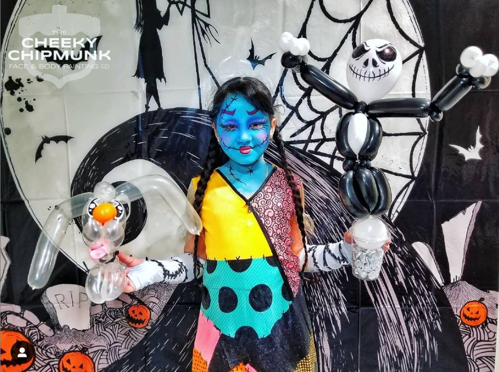 lenore-koppelman-the-cheeky-chipmunk-tim-burton-the-nightmare-before-christmas-balloon-twisting-face-painting-nyc-birthday-party-kids-jack-skelington-zero-balloons-sally-makeup