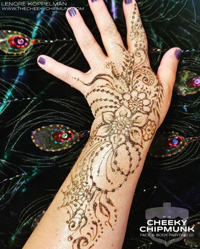 lenore-koppelman-the-cheeky-chipmunk-henna-flowers-beads-cobweb-swirls-leaves-glitter-all-natural-organic-henna-body-art-nyc