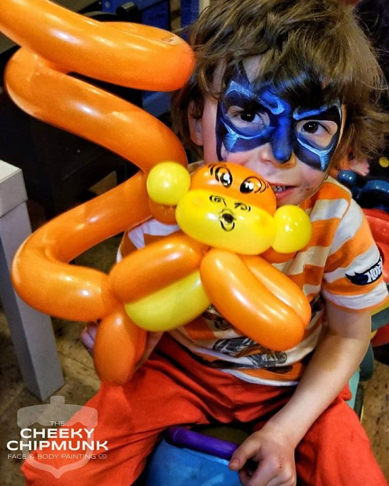 lenore-koppelman-the-cheeky-chipmunk-balloon-twisting-monkey-batman-birthday-party-nyc
