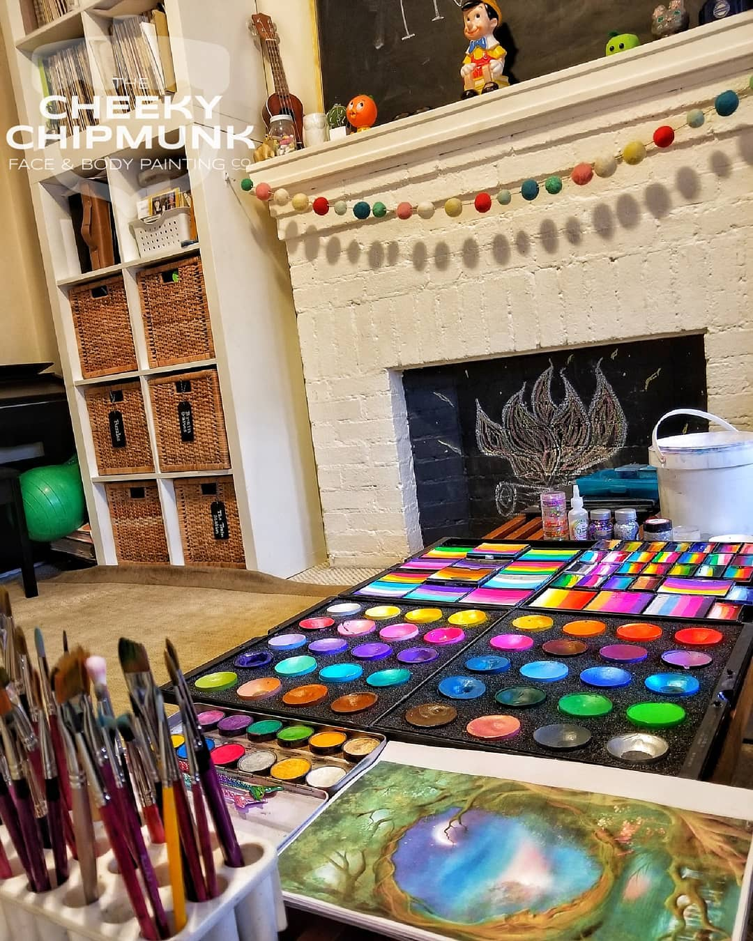 lenore-koppelman-the-cheeky-chipmunk-studio-living-room-body-painting-belly-painting-fab-makeup-face-painting-kit-private-appointment-paintbrushes-fireplace-astoria-queens-nyc.jpg