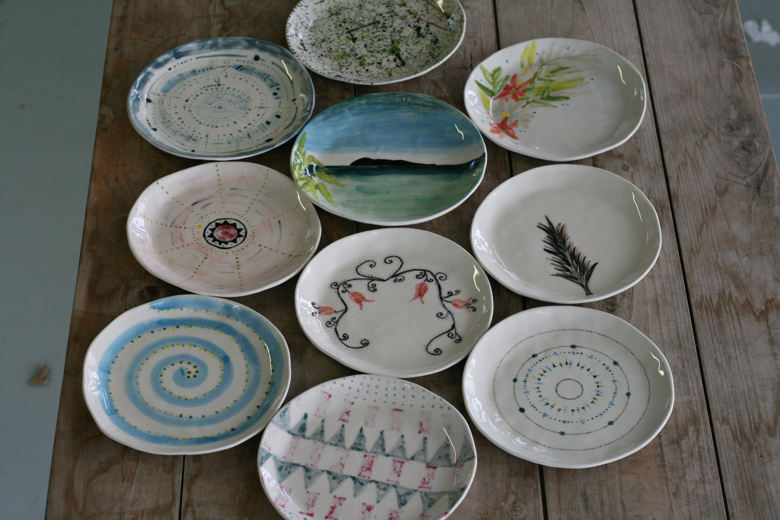 painting-plates-group-class-auckland.JPG