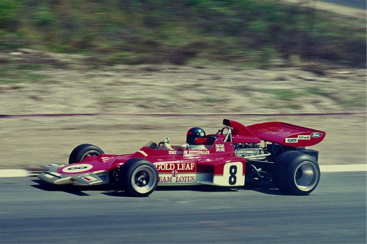 1971_Emerson_Fittipaldi,_Lotus_72_(kl).JPG