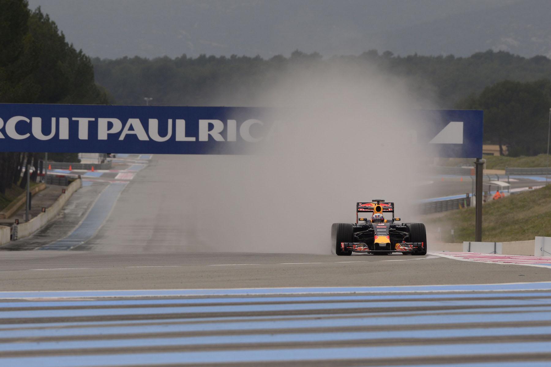 Daniel Ricciardo in France for Pireili's wet tire test