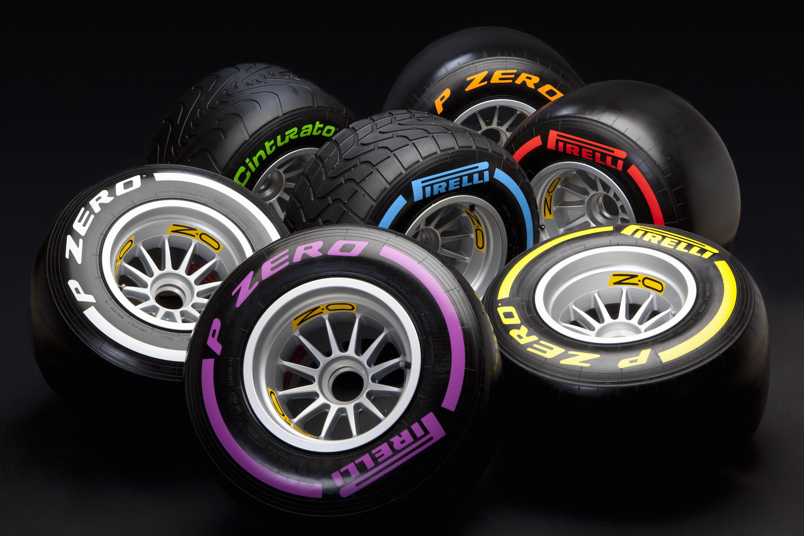 Pirelli_F1_2016_01.jpg