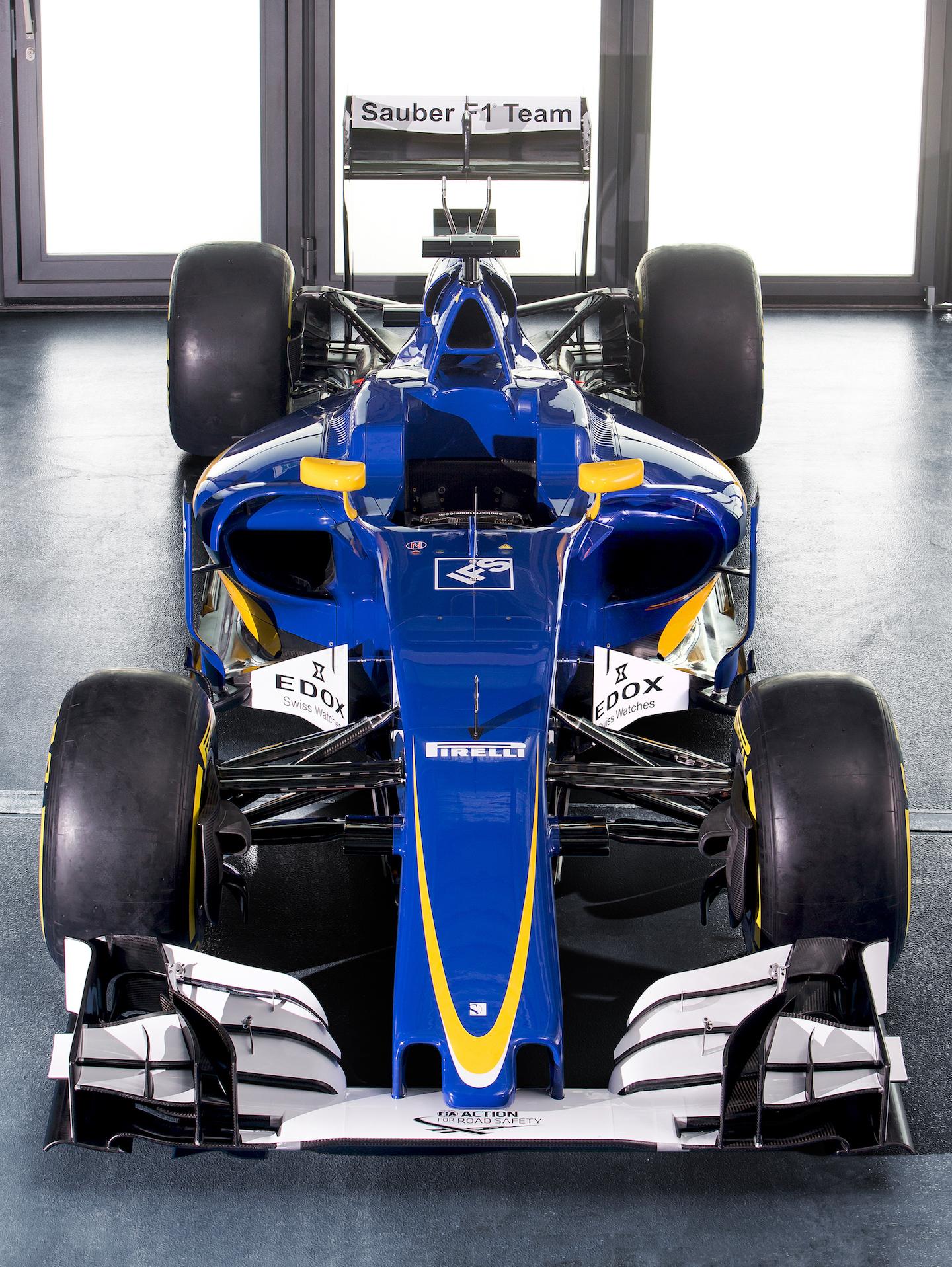 SauberC35-Ferrari_FrontHighest_300dpi_01 copy.jpg