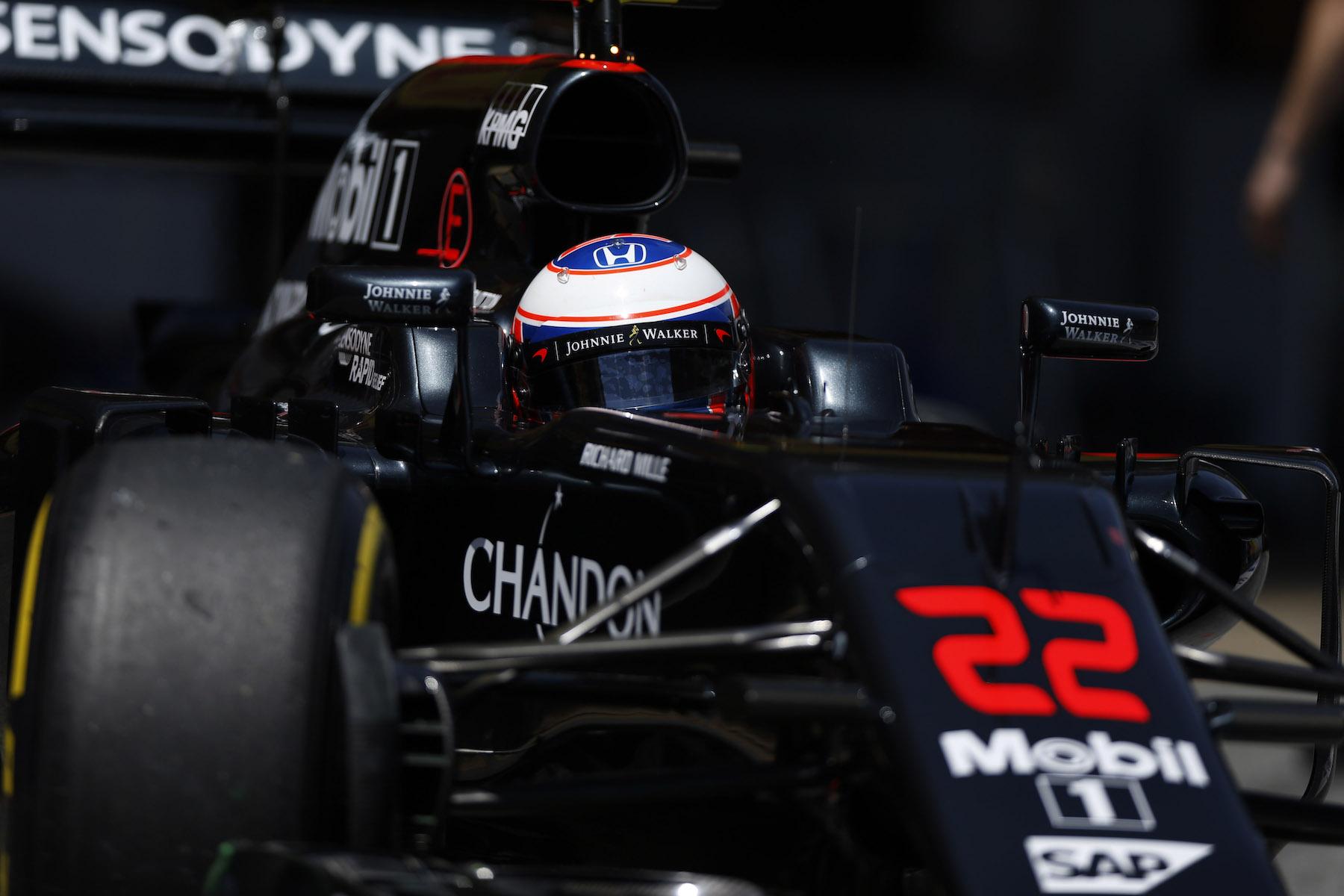 Salracing   Jenson Button   McLaren-Honda
