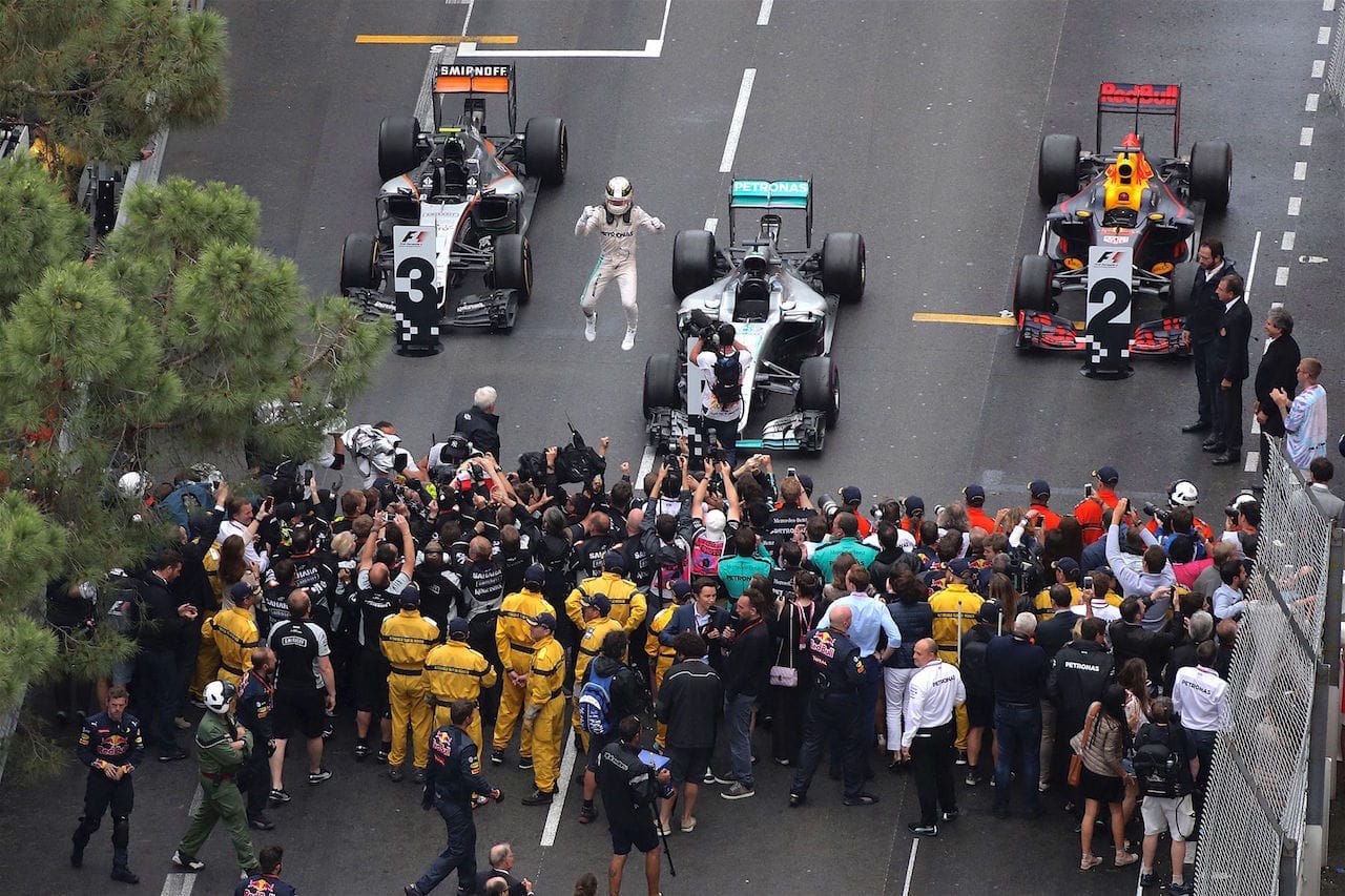 Salracing - Lewis Hamilton celebrating