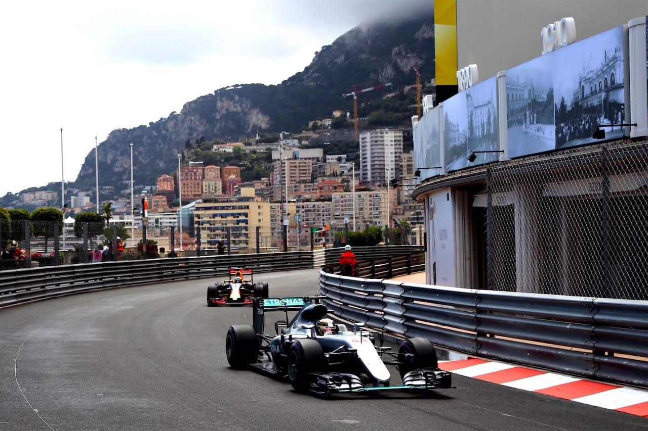 Salracing - Lewis Hamilton   Mercedes