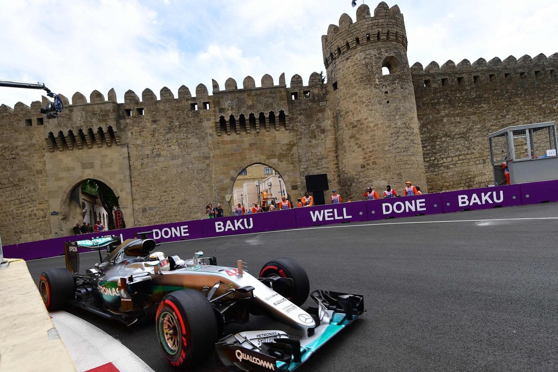 Salracing | Lewis Hamilton | Mercedes AMG Petronas