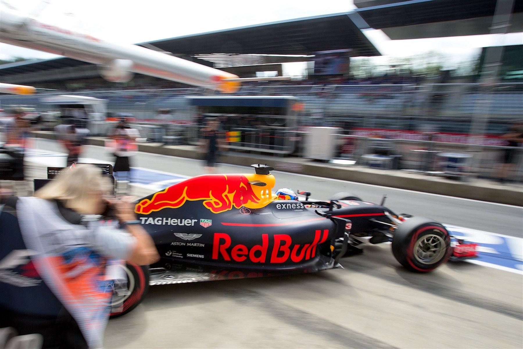 Salracing - Daniel Ricciardo | Red Bull Racing RB12