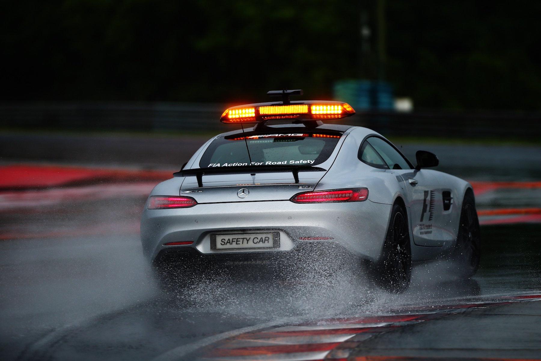 Salracing | FIA Safety Car