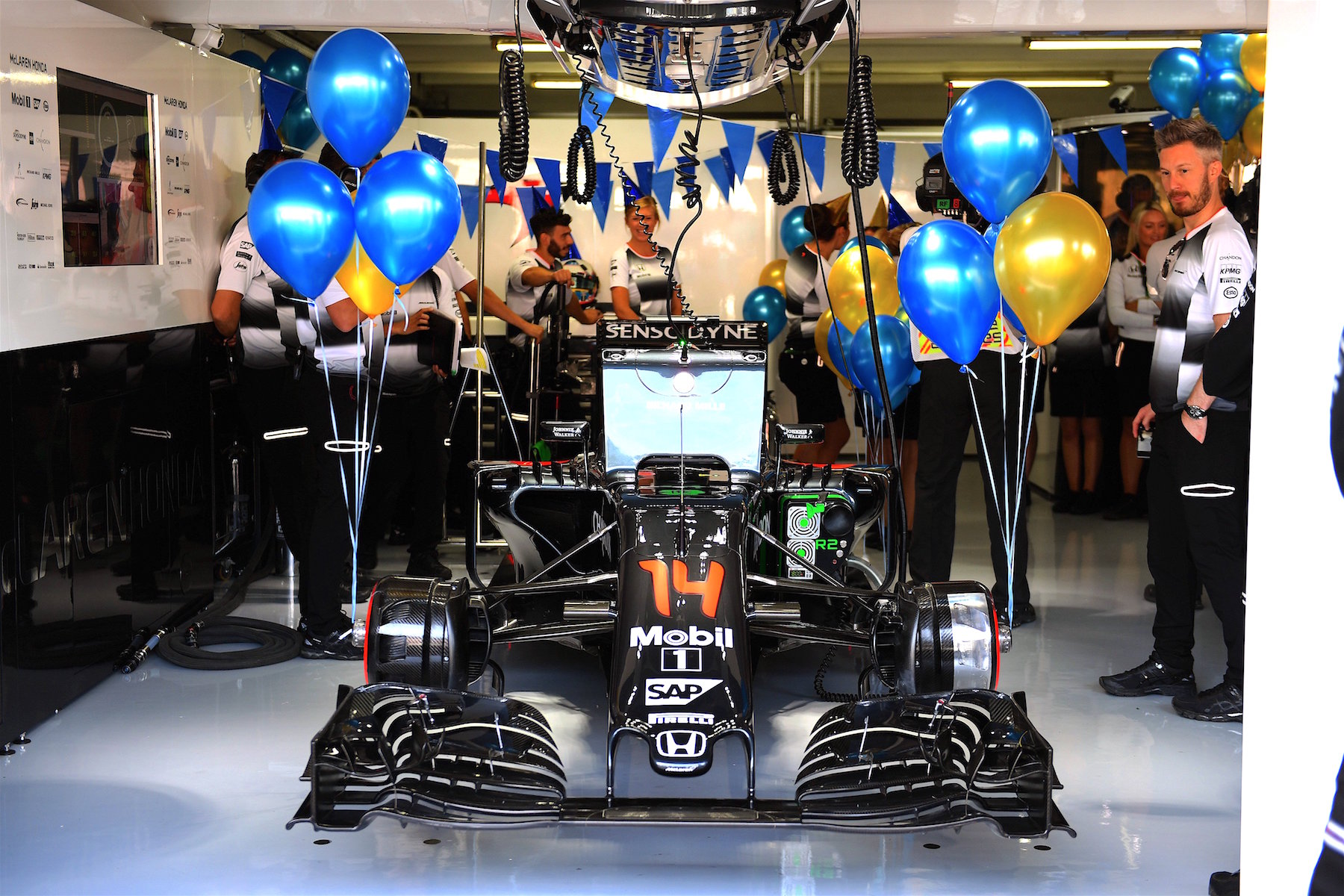 Salracing - Fernando Alonso b-day decorated McLaren