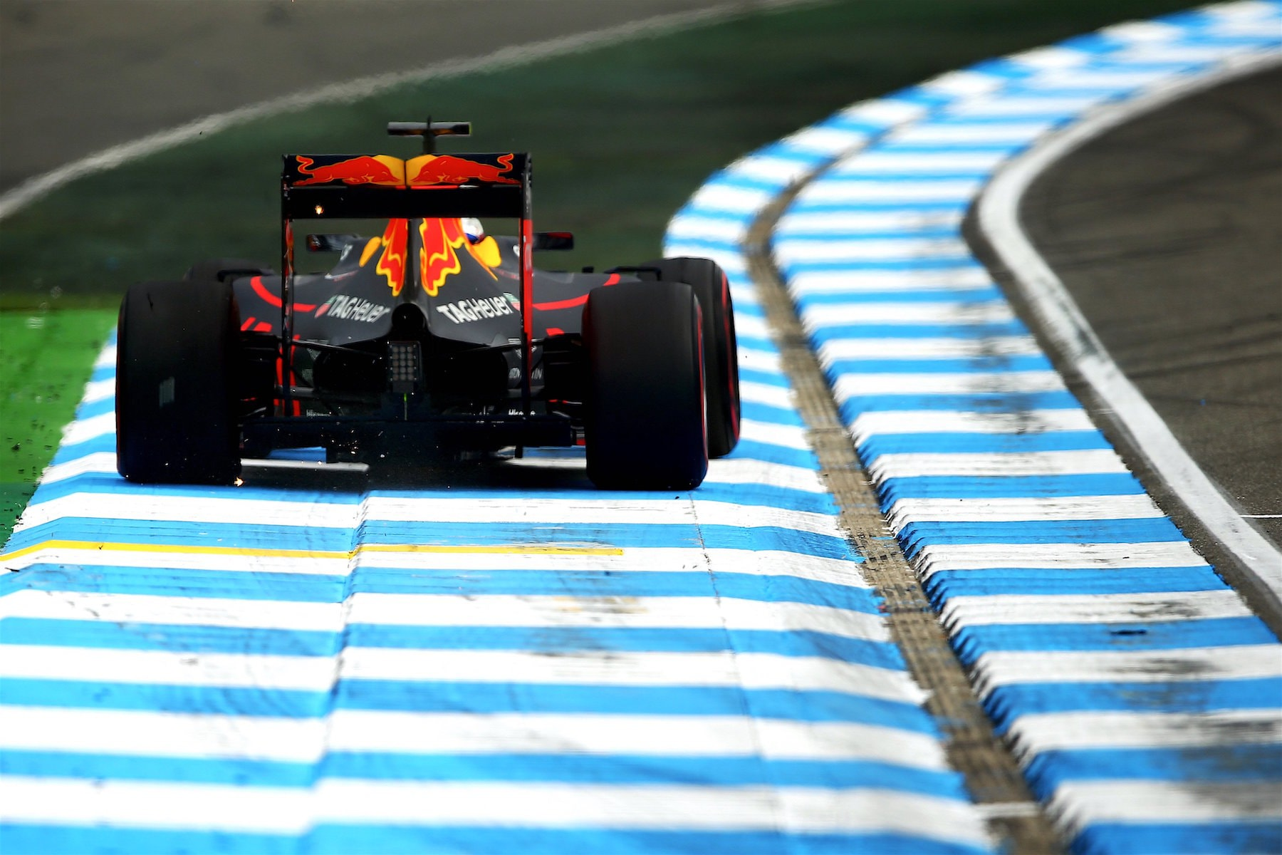 Salracing - Max Verstappen | Red Bull Racing