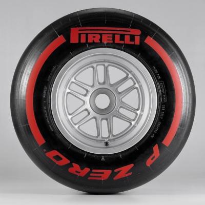 Salracing - Pirelli Supersoft - Red