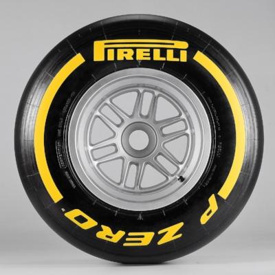 Salracing - Pirelli Soft - Yellow