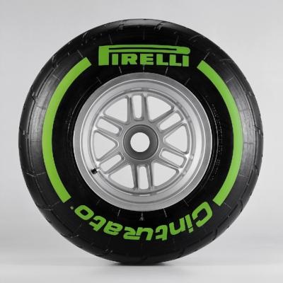 Salracing - Pirelli Intermediate - Green