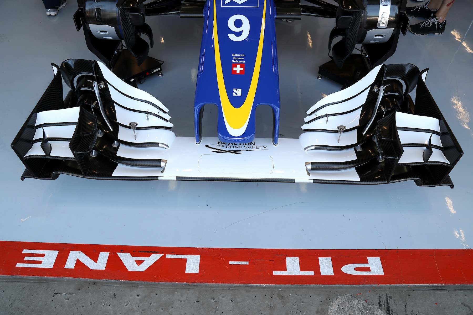 Salracing - Sauber's new front wing for Spa
