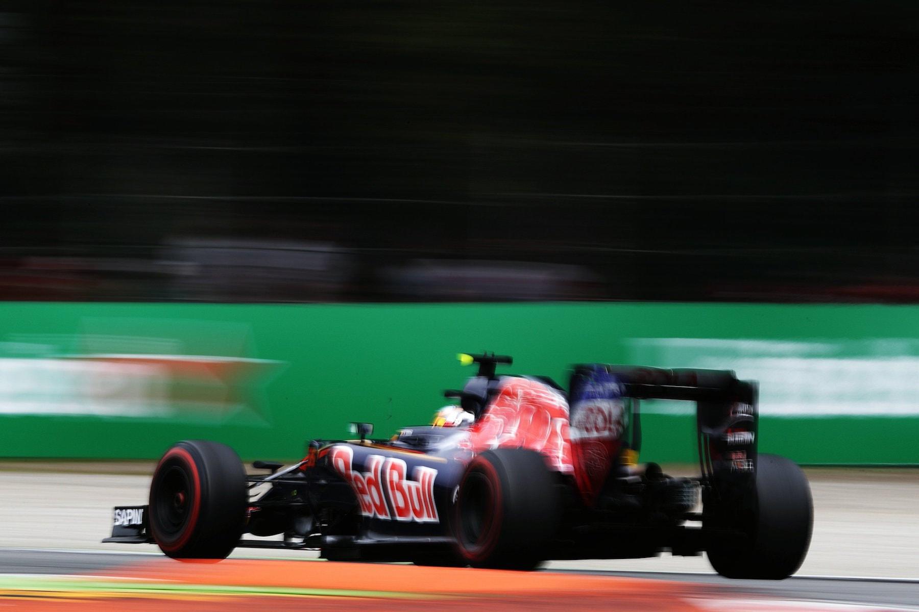 Salracing - Carlos Sainz | Scuderia Toro Rosso