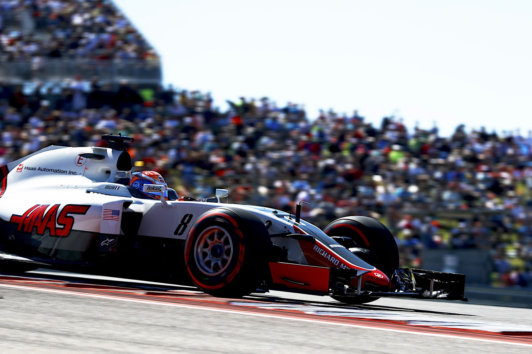 G 2016 Romain Grosjean at speed at COTA 2016 USGP copy.jpg