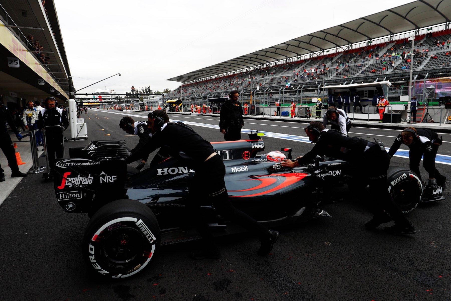 Salracing - Jenson Button   McLaren-Honda