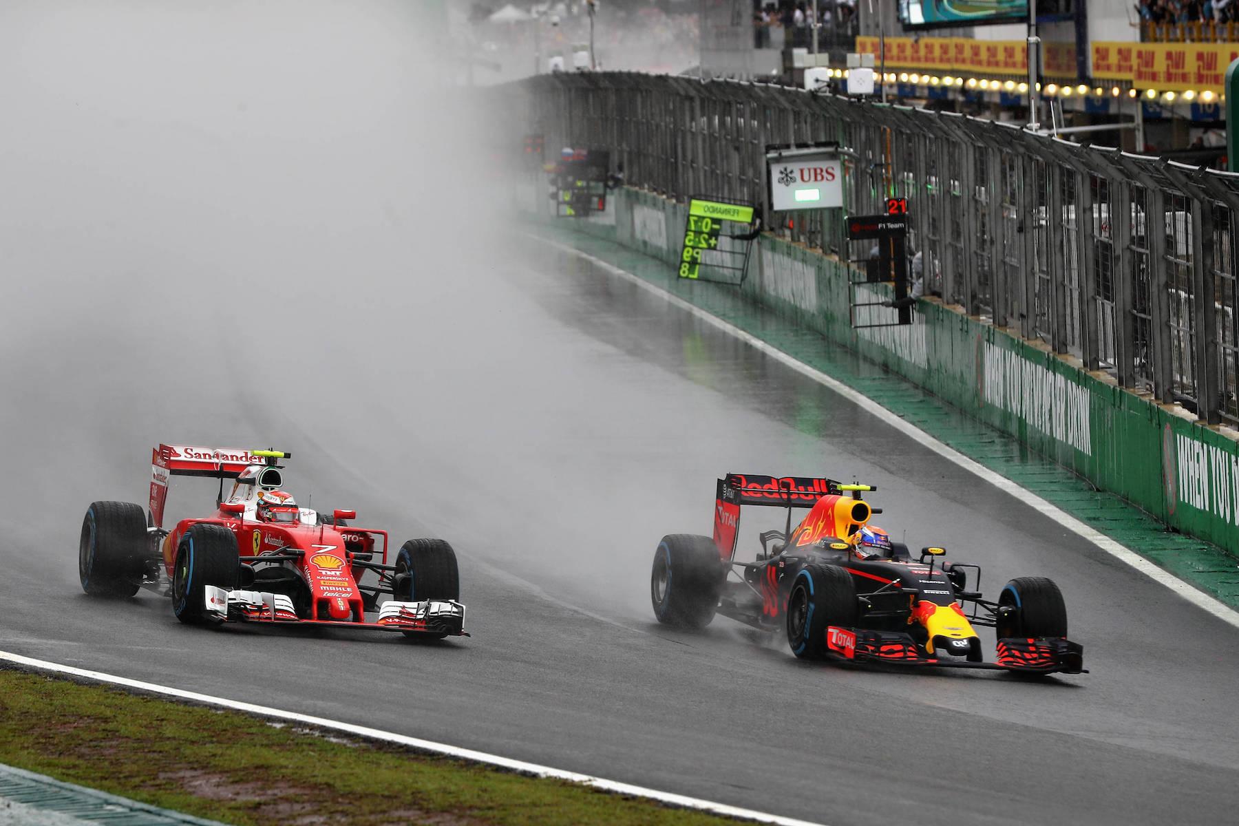 Salracing - Verstappen overtaking Raikkonen