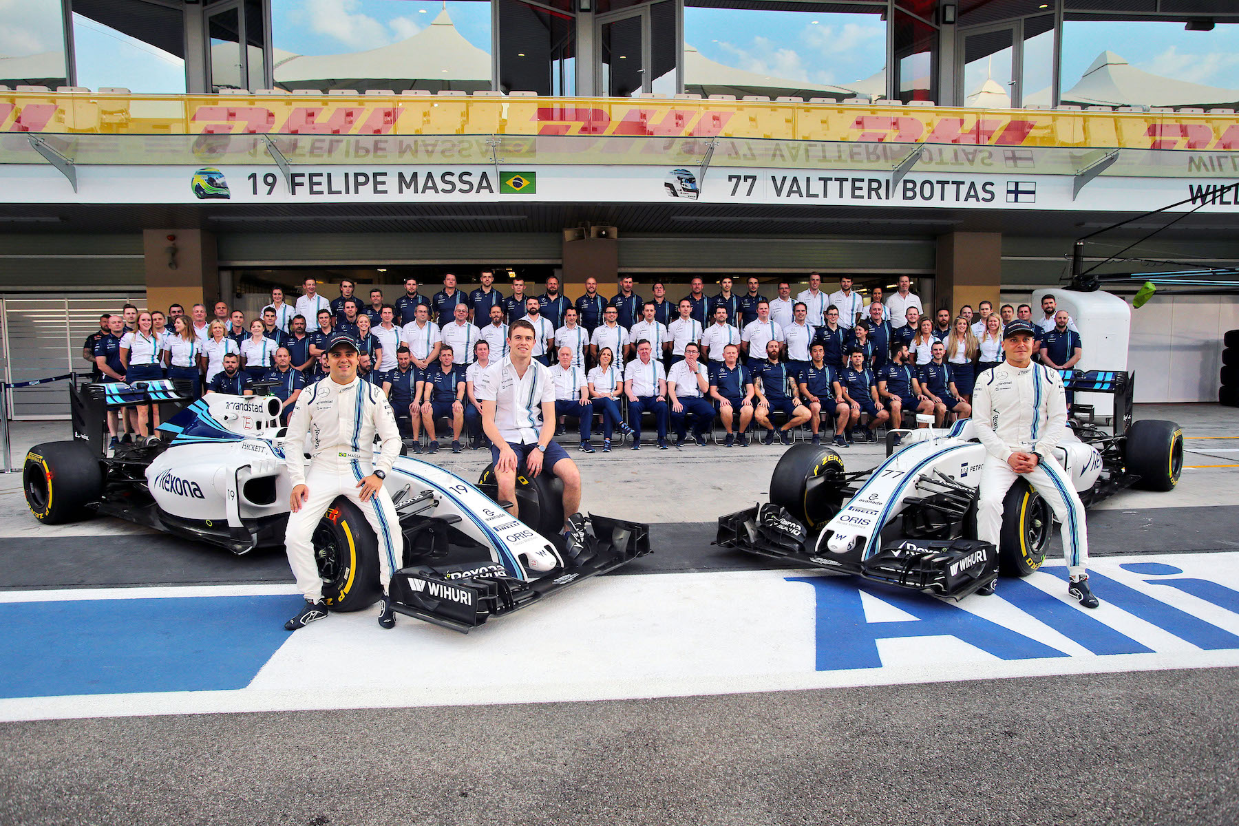 Salracing - Williams Martini Racing family photo