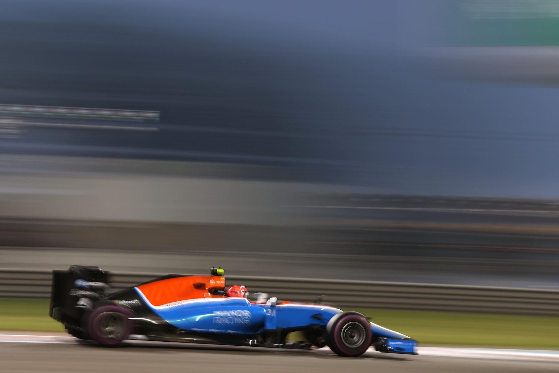 Salracing - Esteban Ocon | Manor Racing
